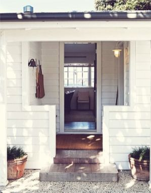 Adorable simple entryway decorating ideas for small spaces 09