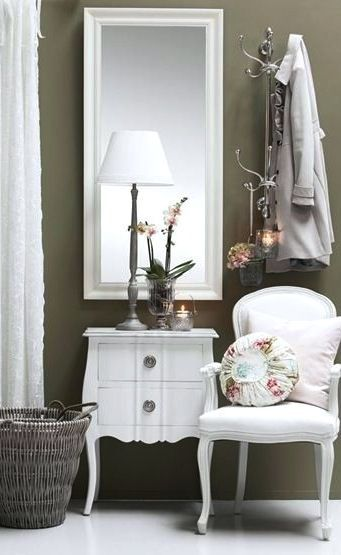 Adorable simple entryway decorating ideas for small spaces 14