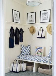 Adorable simple entryway decorating ideas for small spaces 37