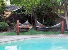 Best backyard hammock decor ideas 19