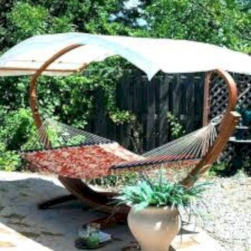 Best backyard hammock decor ideas 40