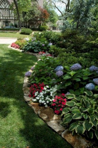Comfy green country backyard remodel ideas 51