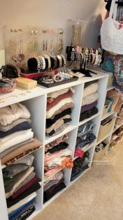 Cute diy bedroom storage design ideas for small spaces 08