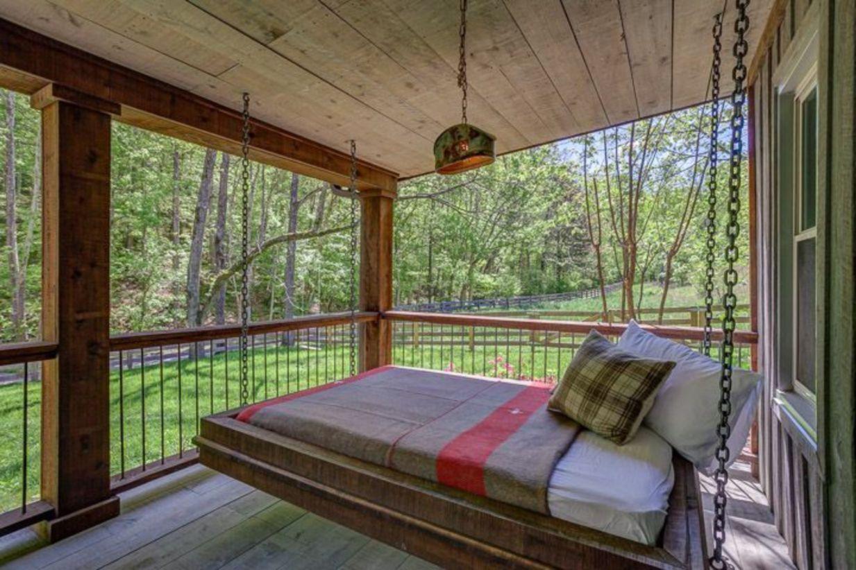 Fantastic front porch decor ideas 27