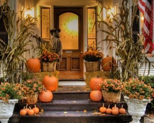 Fantastic front porch decor ideas 38