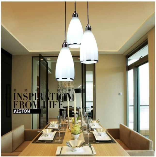 Fascinating colorful glass pendant lamps ideas for your kitchen 37
