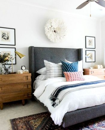 Modern tiny bedroom with black and white designs ideas for small spaces 11