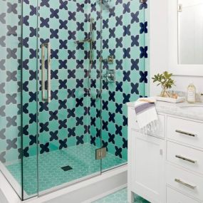 Shabby chic blue shower tile design ideas for your bathroom 11
