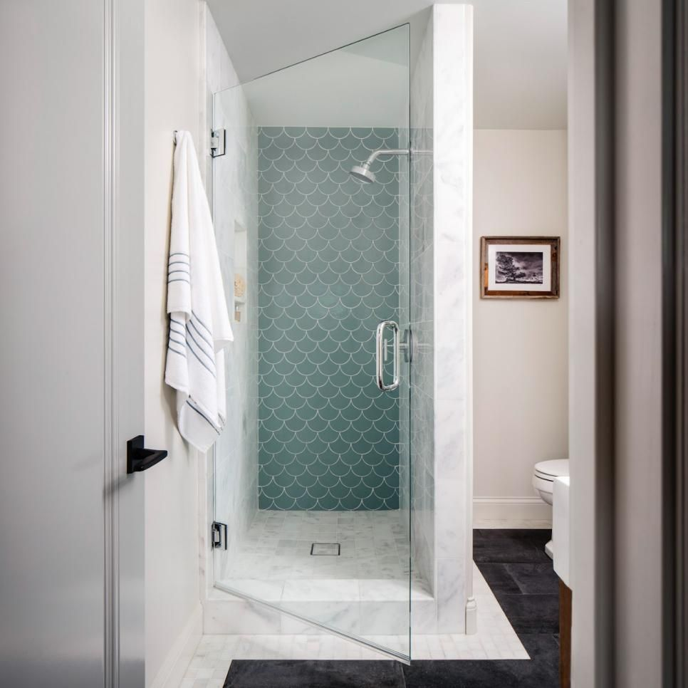 Shabby chic blue shower tile design ideas for your bathroom 26