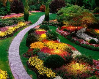Stunning landscape pathways ideas for your garden 33