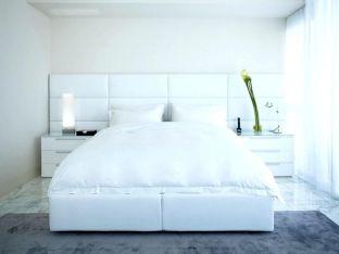 Unique white minimalist master bedroom design ideas 12