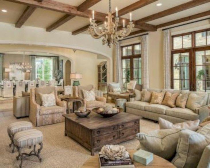 Wonderful traditional living room design ideas 42