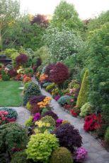 Amazing garden decor ideas 28