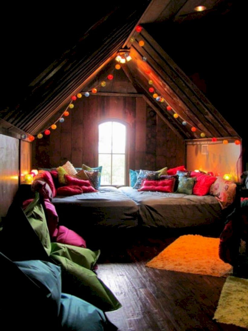 Charming bedroom design ideas in the attic 24