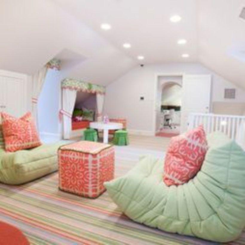 Charming bedroom design ideas in the attic 31