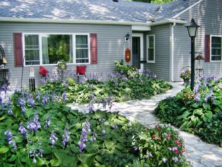 Charming flower beds ideas for shady yards 04