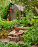Charming flower beds ideas for shady yards 14