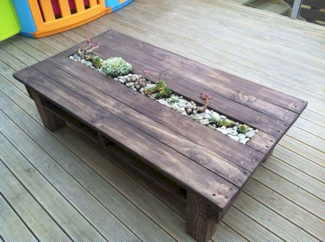 Graceful pallet furniture ideas 20