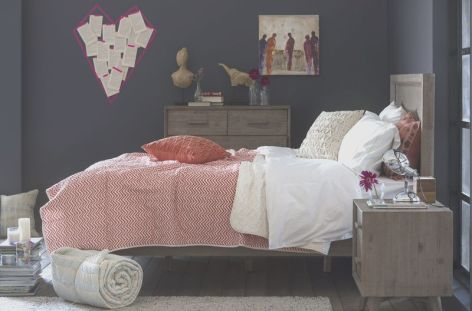 Stunning eclectic collector bedroom ideas 07