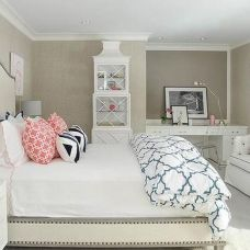 Stunning eclectic collector bedroom ideas 13