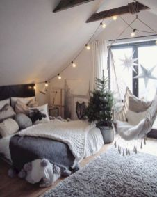 Inexpensive diy bedroom decorating ideas on a budget 14