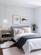 Inexpensive diy bedroom decorating ideas on a budget 34