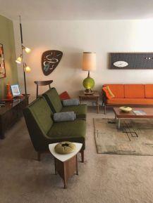 Unique mid century living room décor ideas 06
