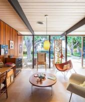 Unique mid century living room décor ideas 12