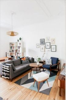 Unique mid century living room décor ideas 40