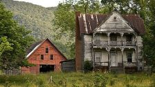 Affordable old house ideas look interesting for your home 18