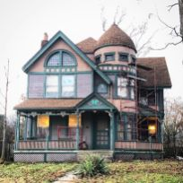 Affordable old house ideas look interesting for your home 26