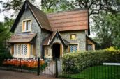 Affordable old house ideas look interesting for your home 38
