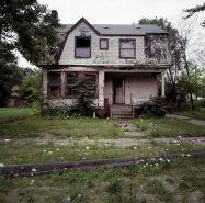 Amazing old houses design ideas will look elegant 13