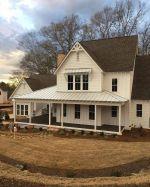 Amazing old houses design ideas will look elegant 14