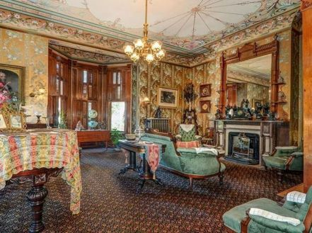 Amazing old houses design ideas will look elegant 21