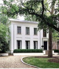 Amazing old houses design ideas will look elegant 54