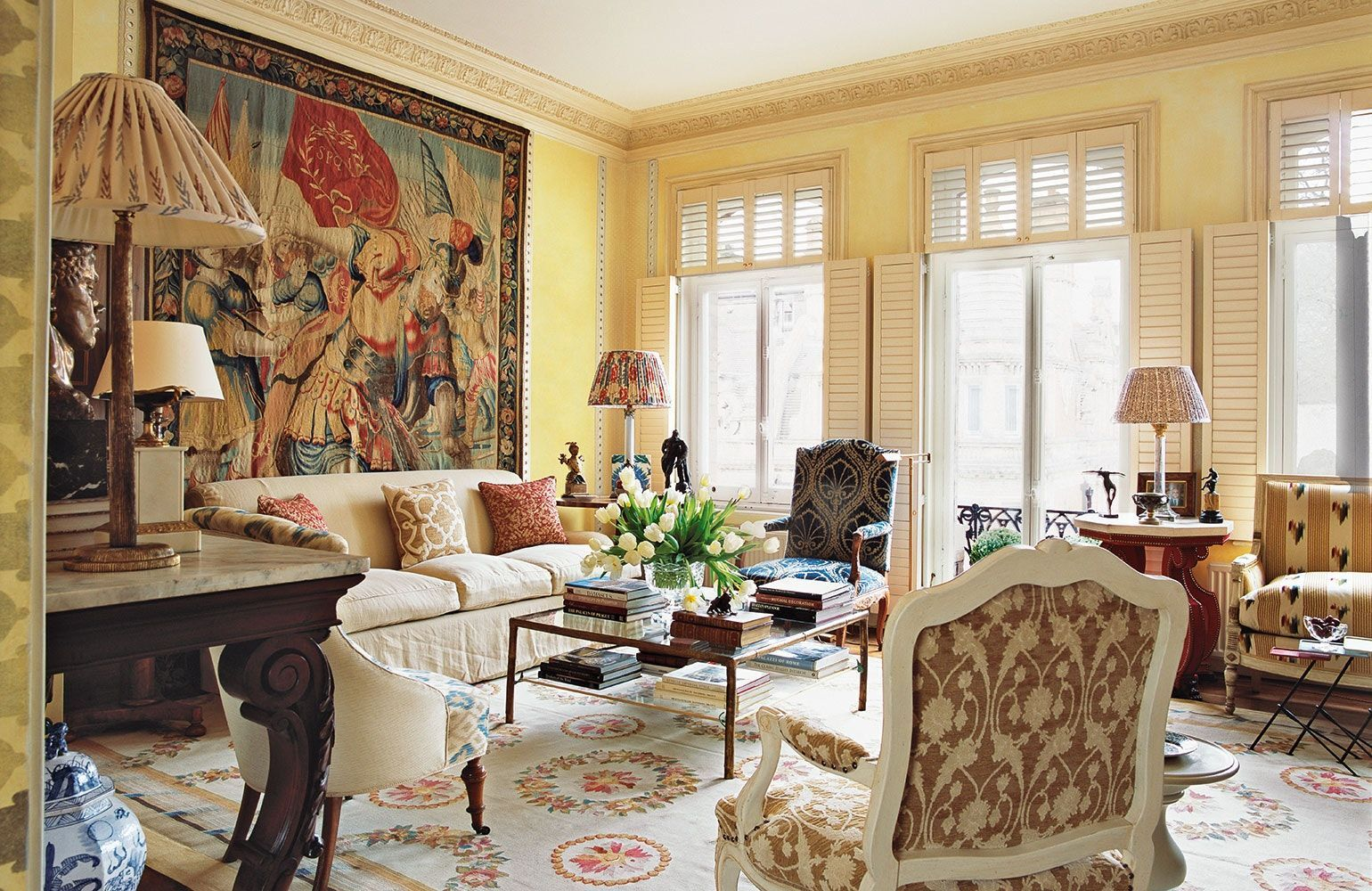 Attractive traditional living room designs ideas in italian 30