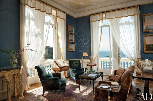 Attractive traditional living room designs ideas in italian 42