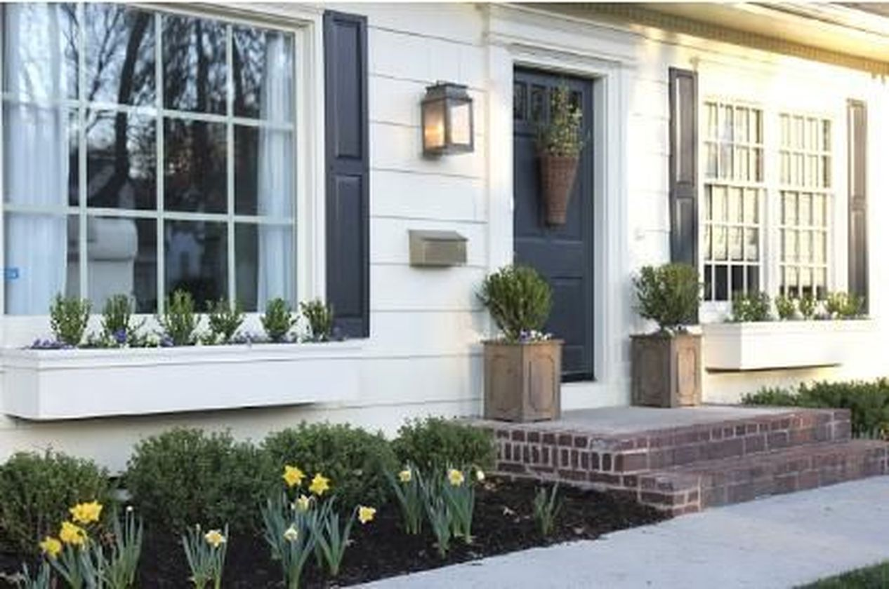 Attractive window box planter ideas to beautify up your home 01
