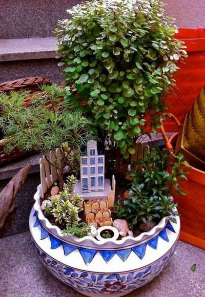 Impressive mini garden mug ideas to add beauty on your home 06