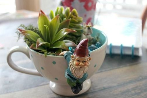 Impressive mini garden mug ideas to add beauty on your home 24