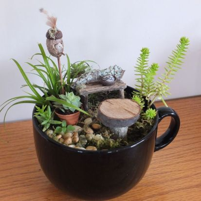 Impressive mini garden mug ideas to add beauty on your home 26