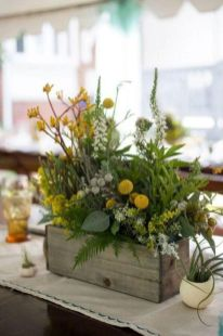 Stunning wood flower box ideas to beautify the flower decoration 22