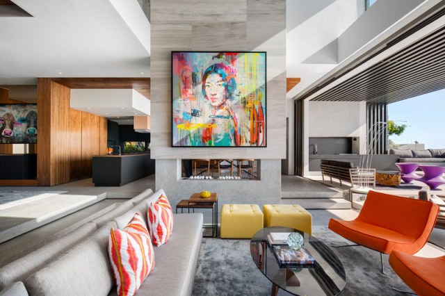 This Modern House With Beautiful Interior Designed For Entertainment 2