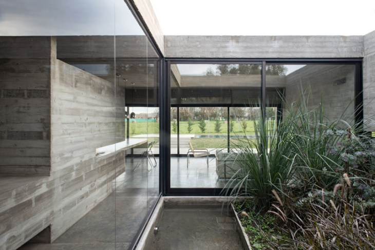 Concrete House Design To Achieve Industrial Appeal But Modern 8