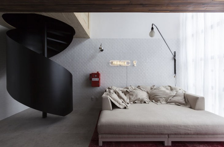 This Small Apartment Filled With Unique Straicase That Fabulous 5