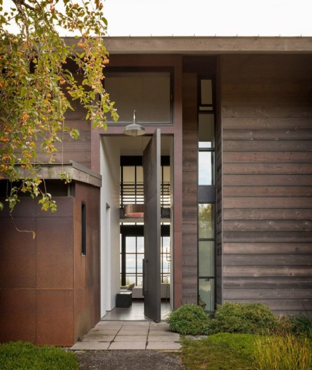 A-chic-natural-home-with-contemporary-art-that-will-blow-our-mind-1