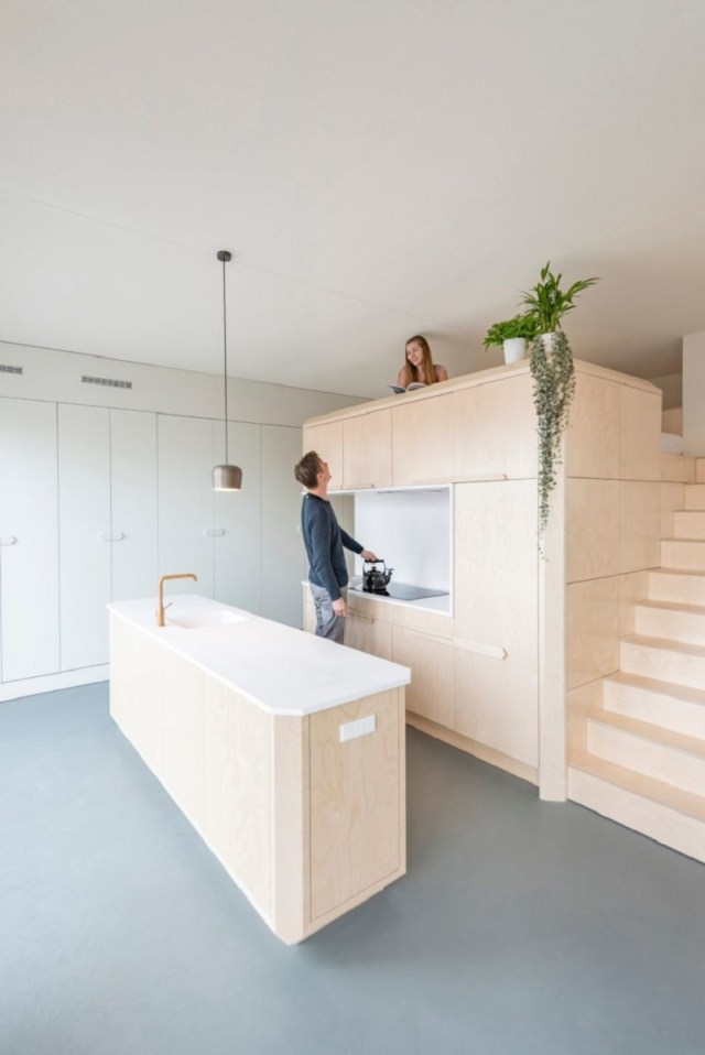 A-cool-small-loft-design-with-hidden-and-built-in-furniture-to-inspire-you-7
