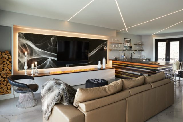 A-dreamy-house-that-merges-a-modern-and-glam-aesthetic-5