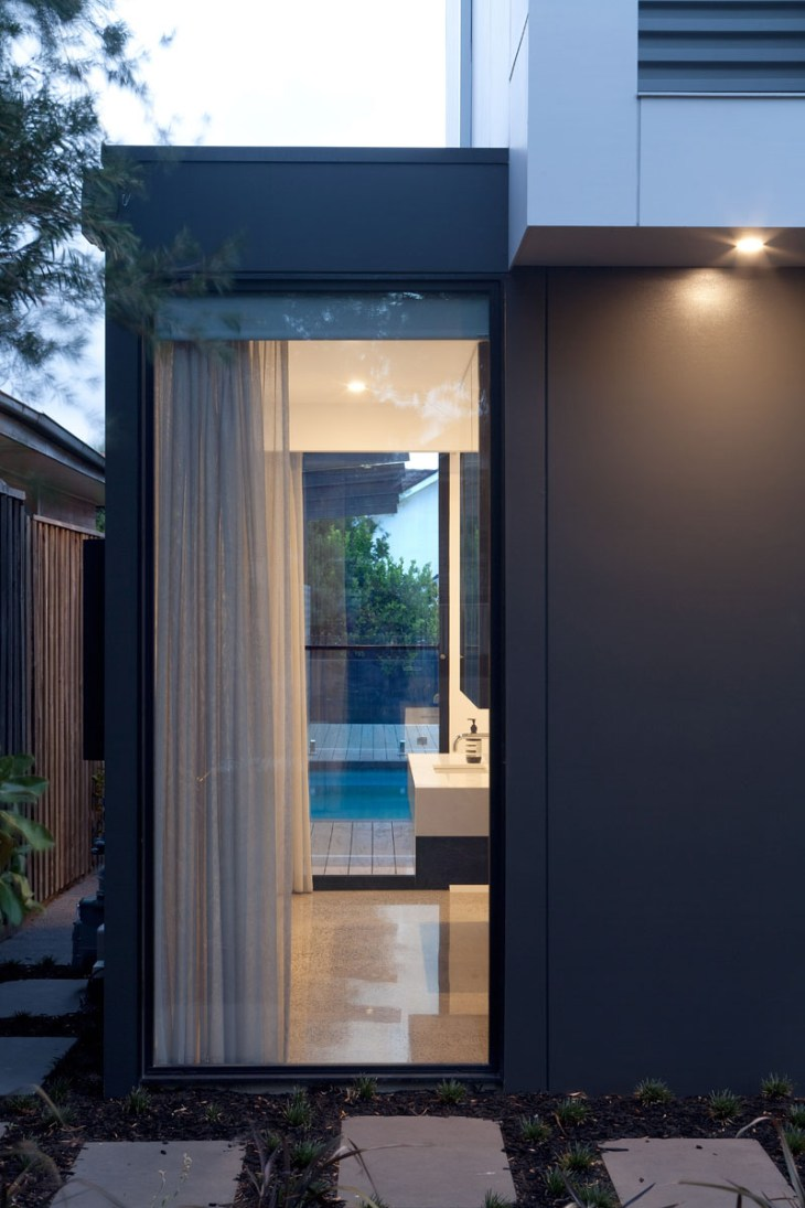 A-house-for-young-family-with-geometric-architecture-and-minimalist-interiors-2